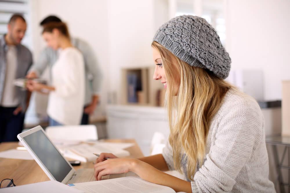 Photo of ¿Por qué la psicología online es ideal para los jóvenes?