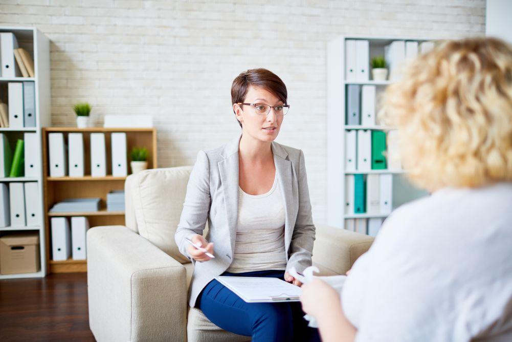 Photo of ¿Cuáles son los beneficios de contar con un psicólogo laboral en la empresa?