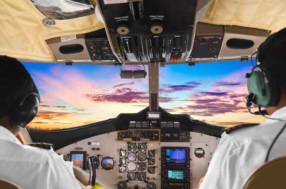 Photo of Estrés en piloto de avión: cómo la psicología puede ayudar