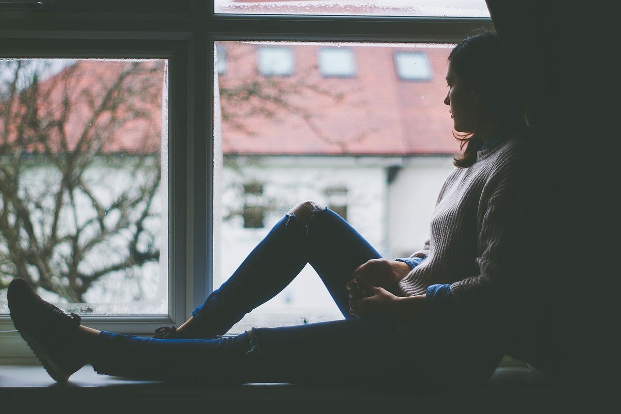 Photo of Conflictos existenciales: ¿Cómo lidiar con las emociones negativas?